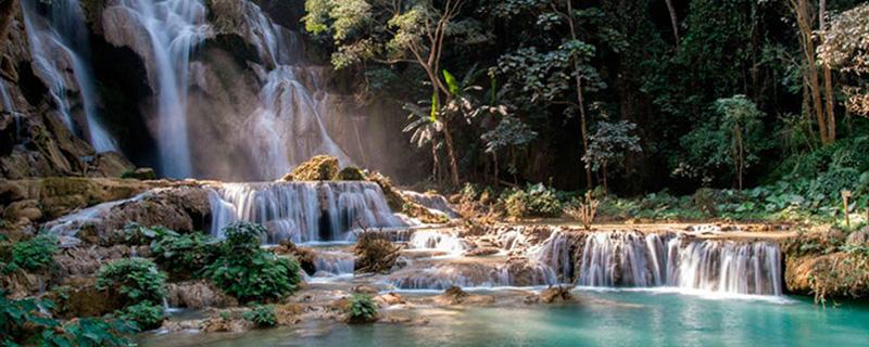 Луангпрабанг и водопады Куанг Си