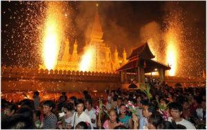 Тат Луанг Фестиваль. Вьентьян.