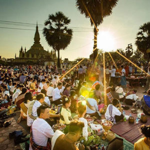 Тат Луанг Фестиваль